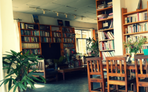 illiterati-cafe-mcleodganj