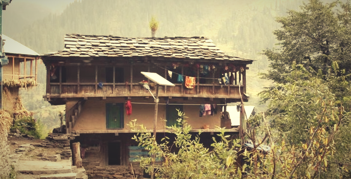 2 storey houses of malana - top 10 secrets of malana