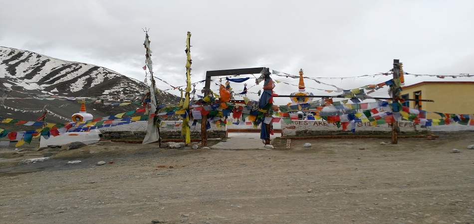 Kunzum pass spiti valley
