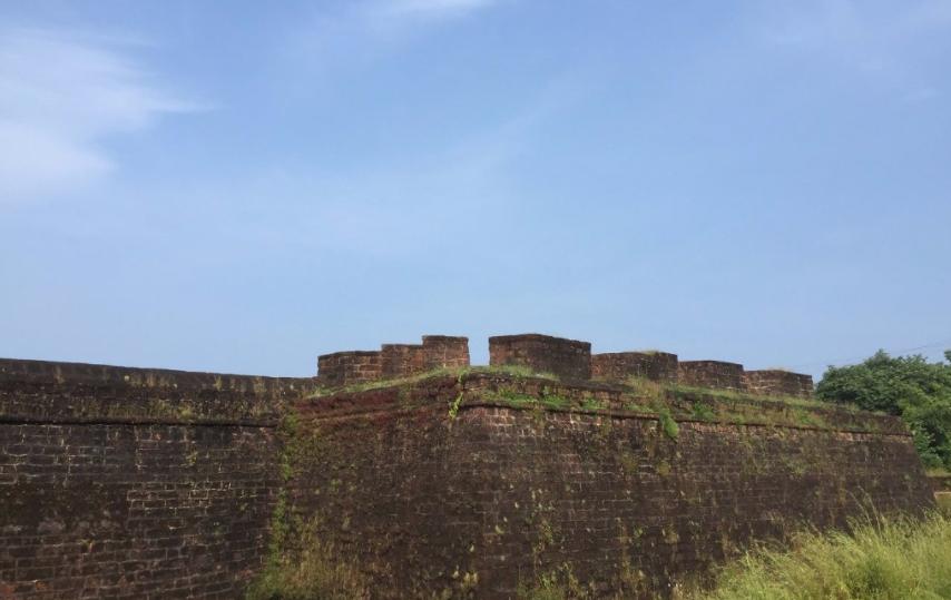 Sinquerim Fort, North Goa